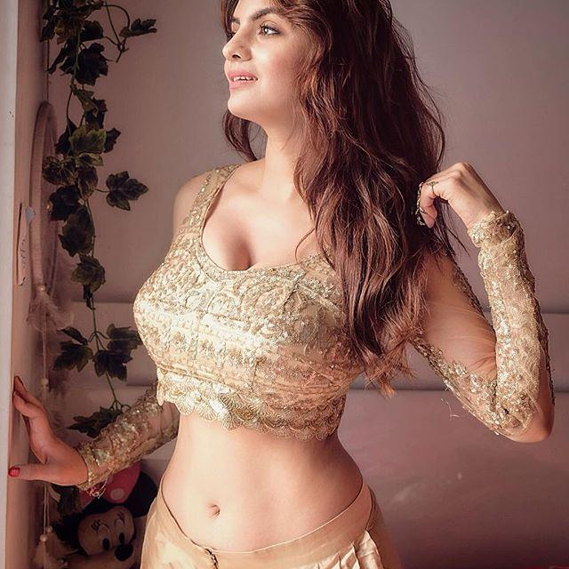 Anveshi Jain Hot