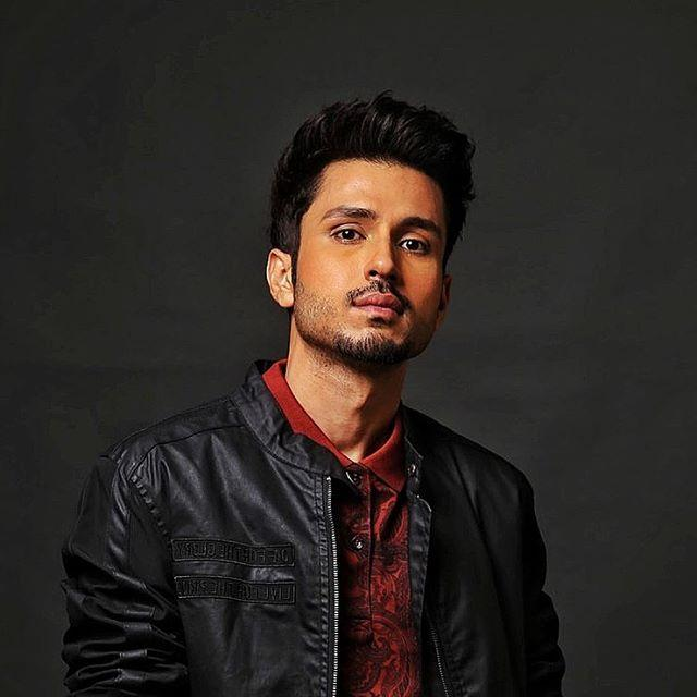 Amol Parashar Wiki, Biography, Age, Height, Family, Salary & Images 1