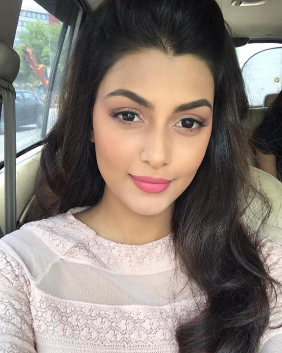 Anisha Ambrose Wiki, Biography, Age, Height, Family, Salary & Images 2