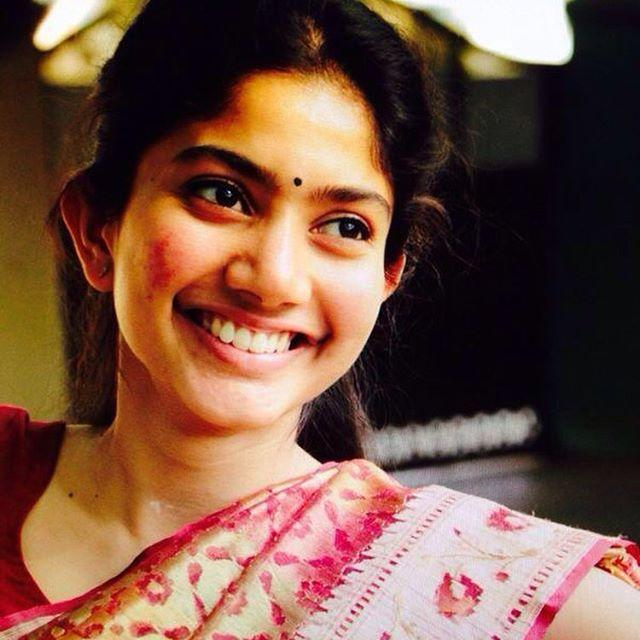 Sai Pallavi Wiki, Biography, Age, Family, Salary & Images 3