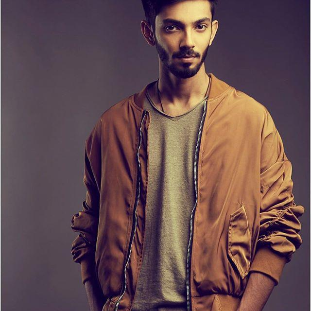 Anirudh Ravichander Wiki, Biography, Age, Height, Family, Salary & Wife 2