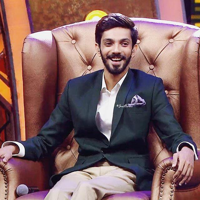 Anirudh Ravichander Wiki, Biography, Age, Height, Family, Salary & Wife 3