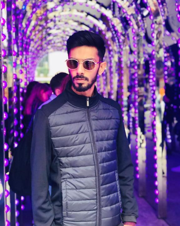Anirudh Ravichander Wiki, Biography, Age, Height, Family, Salary & Wife 5