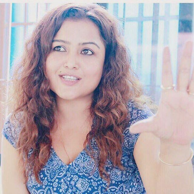 Rekha Thapa Wiki, Biography, Age, Height, Family, Salary & Images 6