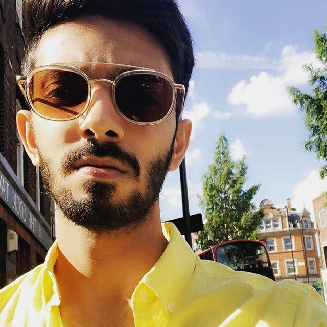 Anirudh Ravichander Wiki, Biography, Age, Height, Family, Salary & Wife 4