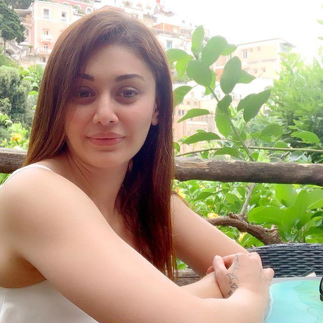 Shefali Zariwala Kanta Laga